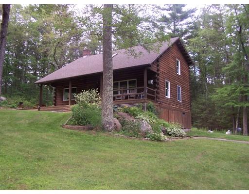 واحد منزل الأسرة للـ Sale في 575 West Road New Braintree, Massachusetts 01531 United States