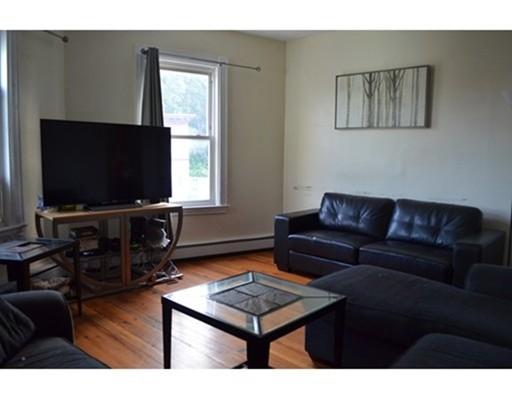 独户住宅 为 出租 在 581 Washington Street 波士顿, 马萨诸塞州 02135 美国