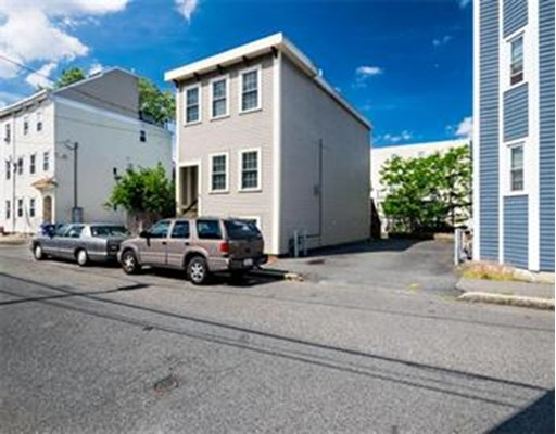 Additional photo for property listing at 72 Baxter Street  Boston, Massachusetts 02127 Estados Unidos