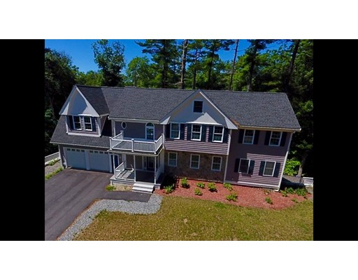 Single Family Home for Sale at 109 Parker Street Norwell, Massachusetts 02061 United States