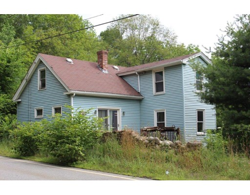 Single Family Home for Sale at 201 Summer Street Barre, Massachusetts 01005 United States