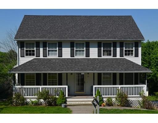 独户住宅 为 出租 在 25 Elmore Street Methuen, 马萨诸塞州 01844 美国