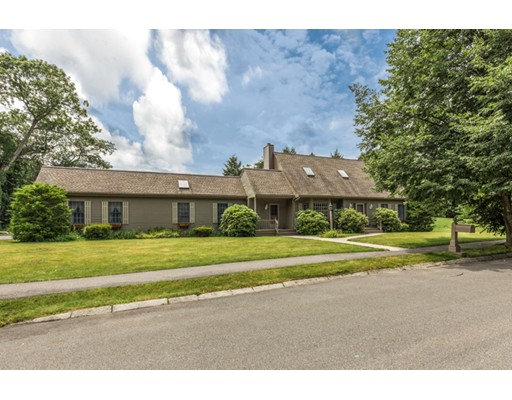 Single Family Home for Sale at 2 Caruso Court Peabody, Massachusetts 01960 United States