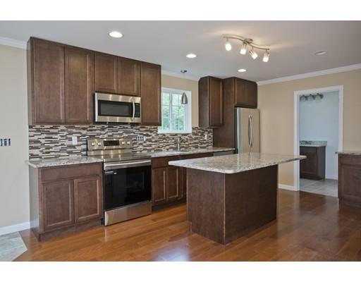独户住宅 为 销售 在 116 Granville Road Southwick, 01077 美国