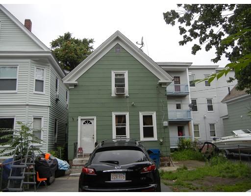 多户住宅 为 销售 在 2 Merrimack View Ct, 2 Merrimack View Ct, Lawrence, 马萨诸塞州 01841 美国