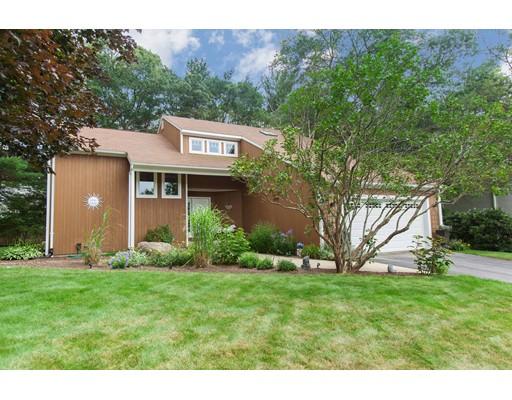 Maison unifamiliale pour l Vente à 7 Sugar Maple Drive Coventry, Rhode Island 02816 États-Unis