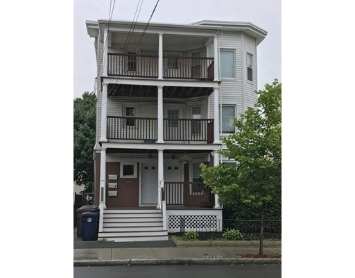 106 Chestnut St, Everett, MA 02149