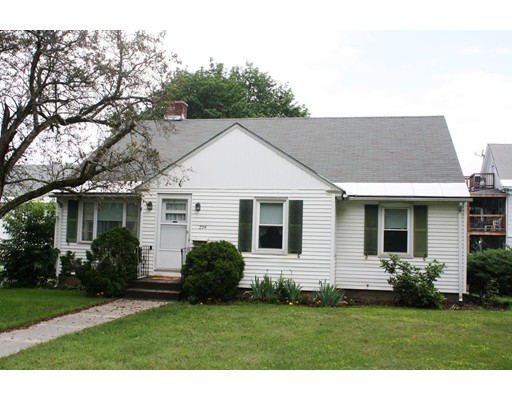Single Family Home for Sale at 234 High Street 234 High Street Greenfield, Massachusetts 01301 United States