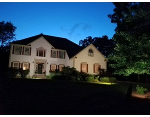 独户住宅 为 销售 在 17 Arcadia Lane Salem, 新罕布什尔州 03079 美国