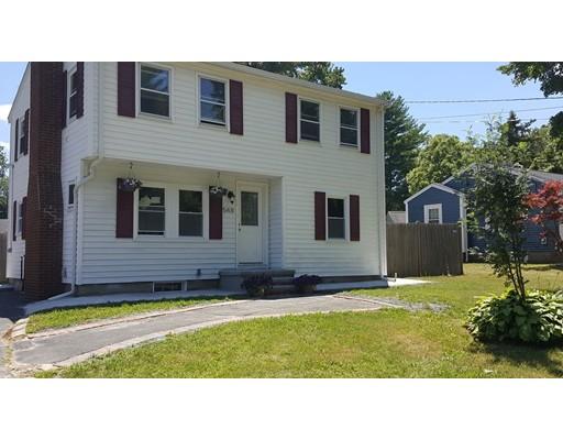 واحد منزل الأسرة للـ Sale في 548 Brockton Avenue Abington, Massachusetts 02351 United States