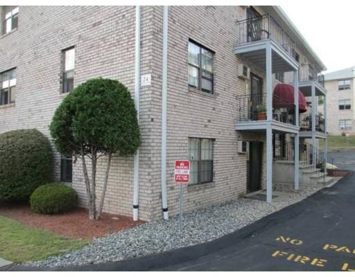 Condominio por un Alquiler en 24 Kenmar drive #217 Billerica, Massachusetts 01821 Estados Unidos