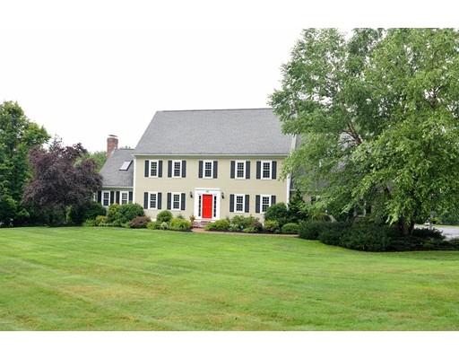 Nhà ở một gia đình vì Bán tại 46 Kettle Hole Road Bolton, Massachusetts 01740 Hoa Kỳ