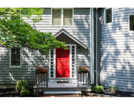 42 Mitchell Rd, Concord, MA 01742