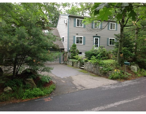 90 Old Stow Rd, Concord, MA 01742