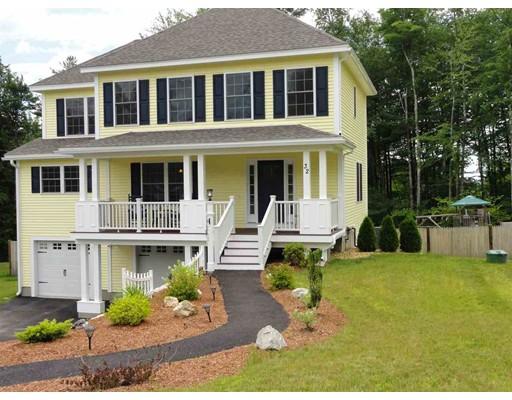 Maison unifamiliale pour l Vente à 32 Timber Ridge Milford, New Hampshire 03055 États-Unis