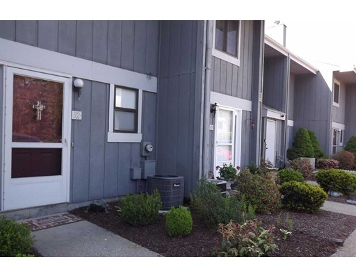 555 Russell Rd E29, Westfield, MA 01085
