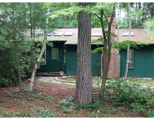 Single Family Home for Sale at 24 Hickory Lane Amherst, Massachusetts 01002 United States