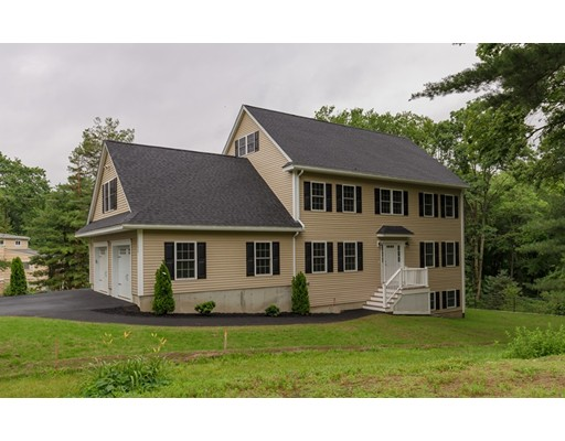 Single Family Home for Sale at 11 Cleveland Avenue Wilmington, Massachusetts 01887 United States