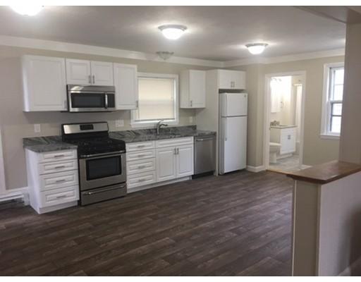 独户住宅 为 出租 在 664 Humphrey Street 斯瓦姆斯柯特, 01907 美国