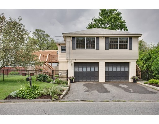 7 Wheeler Ave, Shrewsbury, MA 01545