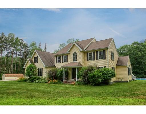 واحد منزل الأسرة للـ Sale في 670 Scott Road Oakham, Massachusetts 01068 United States