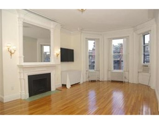 Single Family Home for Rent at 135 Commonwealth Avenue Boston, Massachusetts 02116 United States