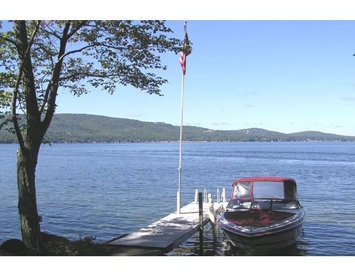 Casa Unifamiliar por un Venta en 250 Rattlesnake Island Alton, Nueva Hampshire 03809 Estados Unidos