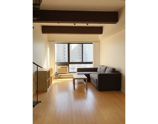 12 Stoneholm 612, Boston, MA 02115