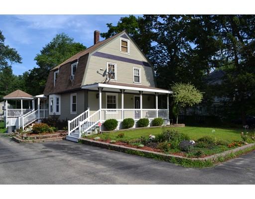 Maison unifamiliale pour l Vente à 66 Main Street Plaistow, New Hampshire 03865 États-Unis