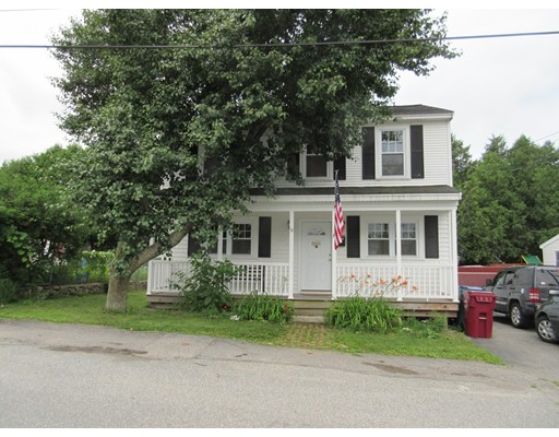 12 Monarch St, Lowell, MA 01854