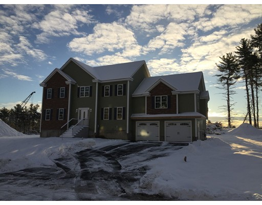 Single Family Home for Sale at 11 HEMLOCK LANE Billerica, Massachusetts 01821 United States