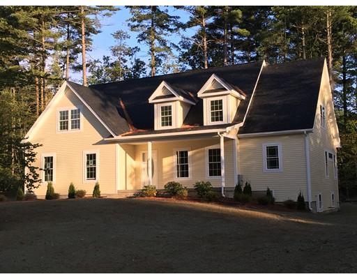 Single Family Home for Sale at 3 Nikki's Way 3 Nikki's Way Hadley, Massachusetts 01035 United States