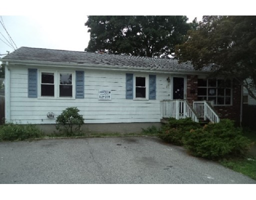 Single Family Home for Sale at 27 Becker Avenue Johnston, Rhode Island 02919 United States