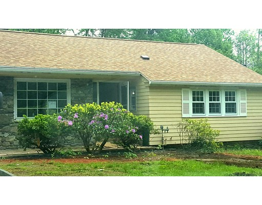 Single Family Home for Rent at 730 Salisbury Street Holden, Massachusetts 01520 United States