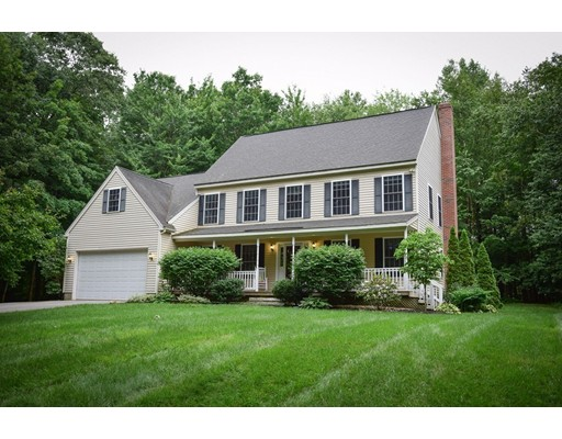 Single Family Home for Sale at 41 Elm Street 41 Elm Street Pepperell, Massachusetts 01463 United States