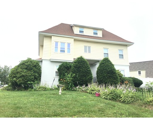 Single Family Home for Rent at 12 Bay State Road Worcester, 01606 United States