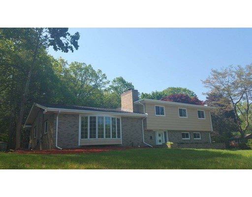 Casa Unifamiliar por un Alquiler en 1 Blodgett Road Lexington, Massachusetts 02420 Estados Unidos