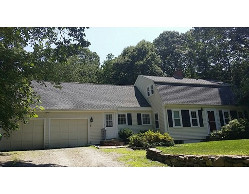 Single Family Home for Rent at 680 Wellesley Street 680 Wellesley Street Weston, Massachusetts 02493 United States