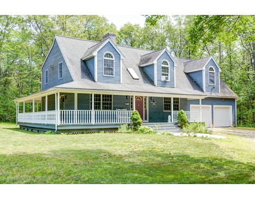 Single Family Home for Sale at 51 Tracy Road Dudley, Massachusetts 01571 United States