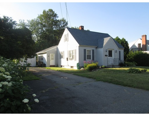 Single Family Home for Sale at 5 Pinedale Road Auburn, Massachusetts 01501 United States