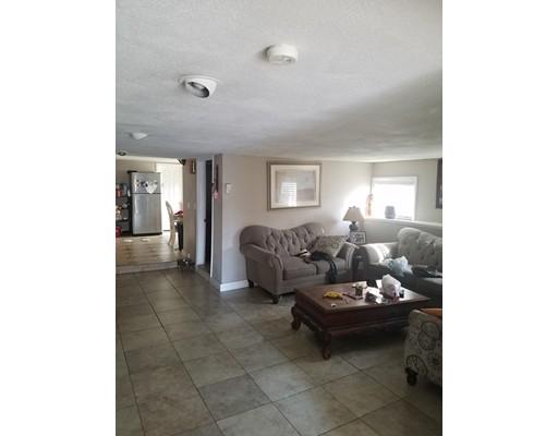 独户住宅 为 销售 在 33 Pemberton Street Revere, 02151 美国