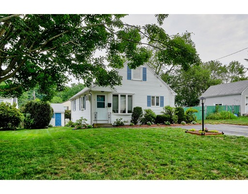 3 Edwards Rd, Natick, MA 01760