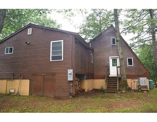 Single Family Home for Sale at 26 Tibbetts Road Fremont, New Hampshire 03044 United States