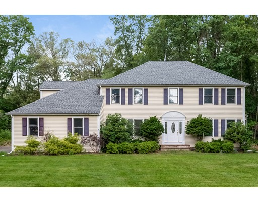 Casa Unifamiliar por un Venta en 122 Blanchette Drive Marlborough, Massachusetts 01752 Estados Unidos