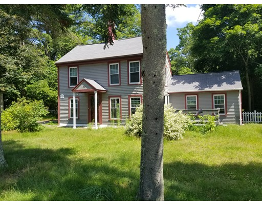 Single Family Home for Sale at 298 Cocasset Street Foxboro, Massachusetts 02035 United States
