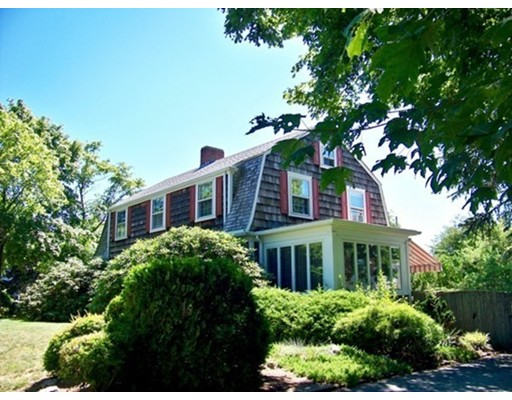 Single Family Home for Sale at 10 Green Street 10 Green Street Fairhaven, Massachusetts 02719 United States
