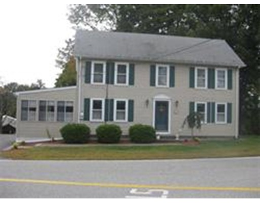 واحد منزل الأسرة للـ Rent في 261 Pleasant St #1 Berlin, Massachusetts 01503 United States