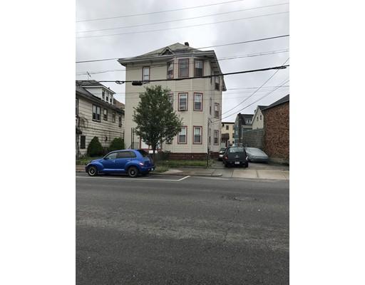 多户住宅 为 销售 在 743 BROADWAY Pawtucket, 罗得岛 02861 美国