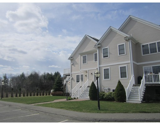 Townhouse for Rent at 721 Hampton Way #721 Abington, Massachusetts 02351 United States