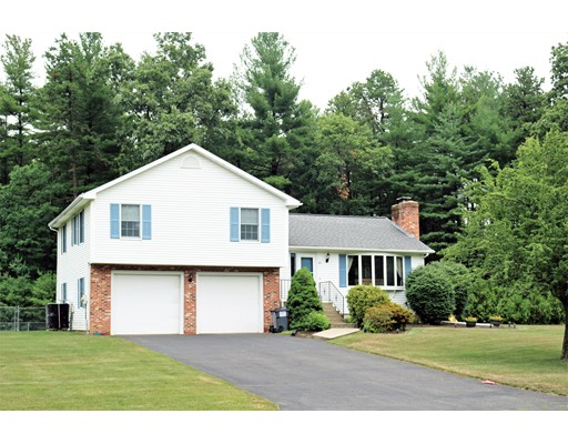 Single Family Home for Sale at 62 Campbell Drive Easthampton, Massachusetts 01027 United States